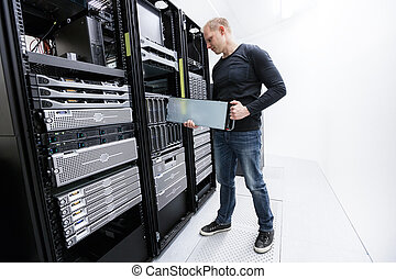 It professional working in datacenter - It engineer or...