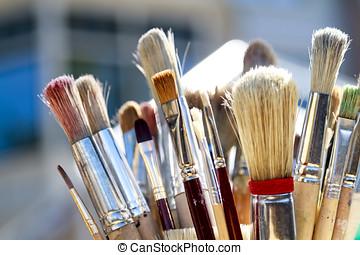 Soiled paintbrushe - Paintbrushes soiled with paint