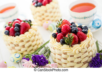 Mini cakes - Easter basket mini cakes with glazed fresh...