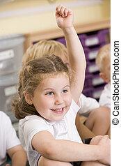 elle, Primaire, main, augmentations, écolière, classe