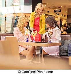 Three young girlfriends at the short break - Three young...