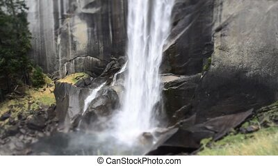 Vernal Falls at Yosemite Park - Vernal Falls at Yosemite...