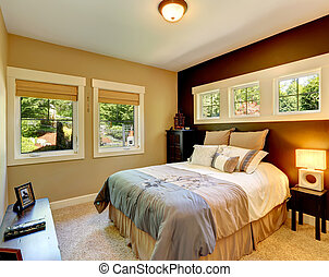 Contrast wall cozy bedroom - Carpet bedroom with contrast...