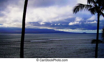Hawaii Timelapse - HD time lapse of the ocean in Hawaii in...
