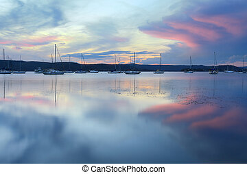 Saratoga Sunset - Pastel colours in the sky at sunset -...