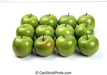 12 Apples - from the front - 12 Granny Smith Apples in 3...