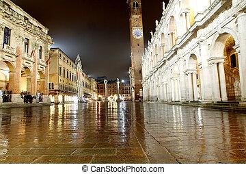 Night view of the marvellous Piazza dei Signori in vicenza...