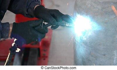 Industrial tool, welding - Arc welding of a steel, welder...