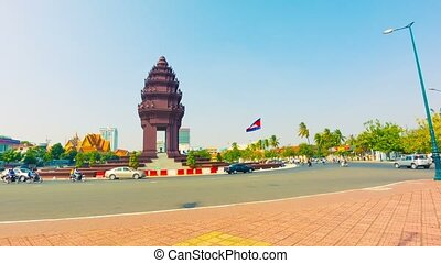 Independence monument in Phnom Penh - High definition video...