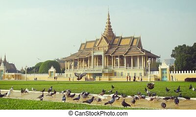 Royal Palace, Moonlight Pavilion in Phnom Penh, Cambodia -...