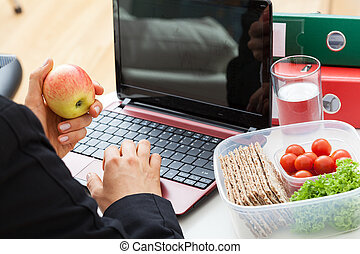 Eating during the work - Office worker who are eatingl...