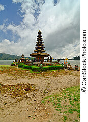 Pura Ulun Danu temple on a lake Beratan. Bali - Pura Ulun...