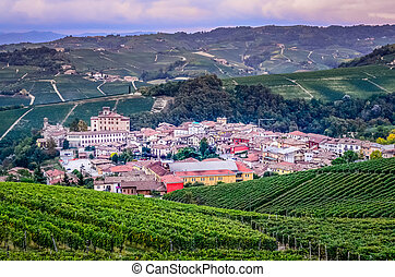 escénico, vista, aldea, Italia,  barolo