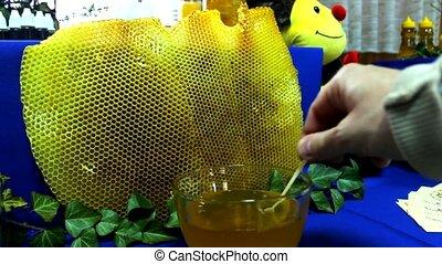 honey market - Honey bee products