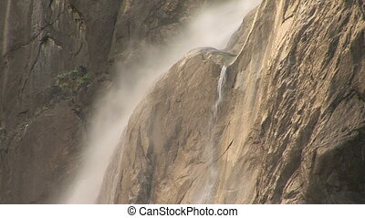 Yosemite Falls, Yosemite National Park - Water misting down...