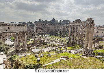 Foro Romano ruins - ancient Foro Romano ruins in Rome