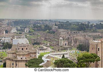 Foro Romano ruins - ancient Foro Romano ruins view in Rome