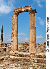 Libia - Beautiful views of the archaeological site of...