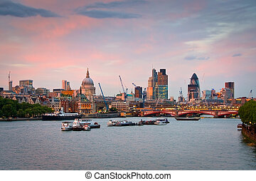 Liverpool street area, London. - View of the Liverpool...