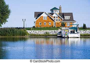 House on the harbor - Private home in a harbor on Lake...