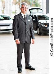 senior vehicle sales consultant