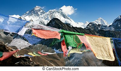 everest from gokyo - view of everest from gokyo ri with...