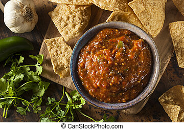 Organic Red Spicy Salsa with Tortilla Chips
