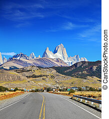 Excellent highway in El Chalten - Famous rock Fitz Roy peaks...