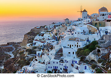 Oia village sunset in Santorini island - Beautiful Oia...