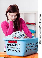 aborrecido, mulher, caixa, lavanderia