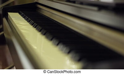 Piano Keyboards Focus Shift - Focus changing from far to...