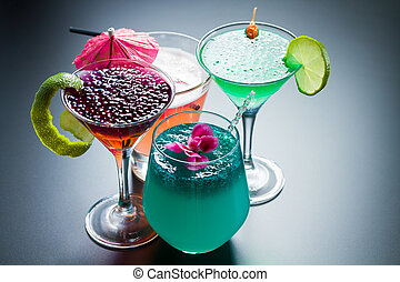 Four Cocktail with caviar - Molecular mixology - Four...
