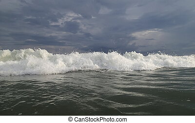 Beautiful Sea Wave Sunlight Vietnam - Beautiful Sea Wave and...
