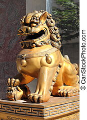 Chinese Imperial Lion Statue - Chinese Imperial Lion statue,...