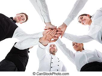 garçons, Garçonetes, empilhando, mãos