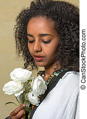 Ethiopian beauty - Beautiful Ethiopian young woman in...