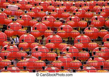 China red lanterns - Oriental lanterns display at temple
