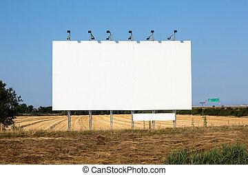 Bigboard and field after harvest - Clear bigboard