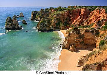 Ponta de Piedade in Lagos, Algarve region, Portugal -...