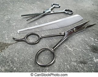 Hair cutting shears and comb