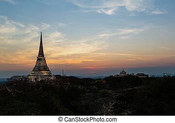 Sunset at Phra Nakhon Khiri - Sunset at Phra Nakhon...