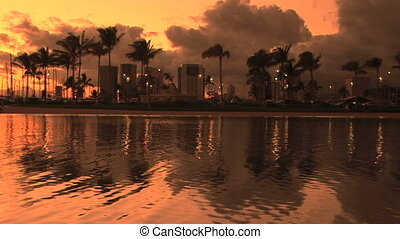 Sunset on the city - Sunset in Honolulu, Hawaii