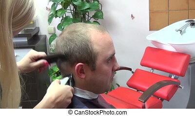 barber cut man hair
