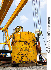 load test for hoist - This is experimental lifting hook. To...