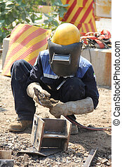 welding steel - Atmosphere in the construction and...