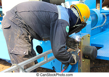 end carriage welding - Atmosphere in the construction and...