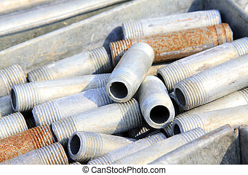 short metal pipes with external thread