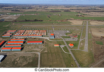 Brampton Airport, Ontario - Brampton airport from 1000 feet