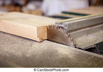 Circular saw sliced ??into a piece of wood, interior joinery