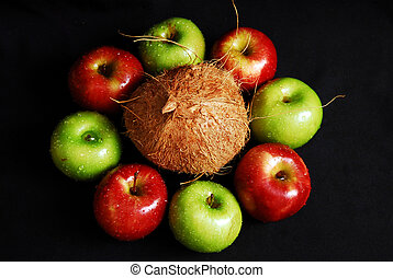 Red and green fresh group of apples - Circle fresh group of...